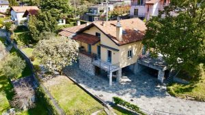 Luxury Villa Lake Como Mandello del Lario with Garden - lake view