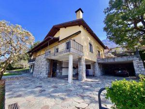 Luxury Villa Lake Como Mandello del Lario with Garden - external